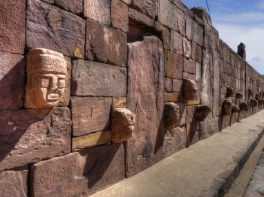 mur-statue01